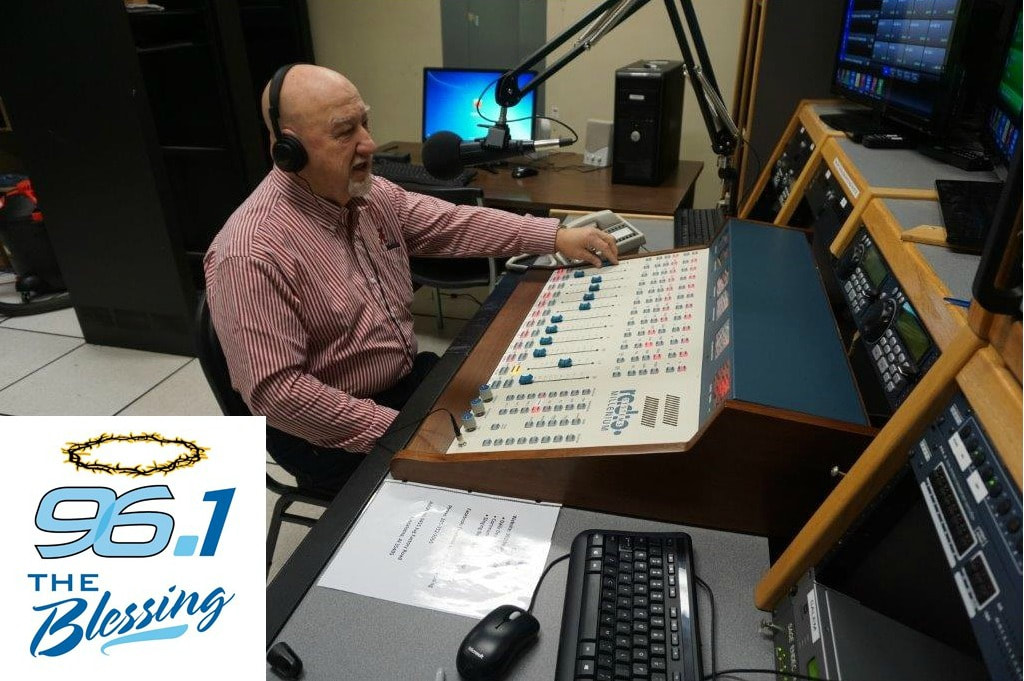 Midday Manna with Brother Brandon and Big Al weekdays from 11 a.m. to 1 p.m. on 96.1 The Blessing logo - Tuscaloosa Southern Gospel Radio